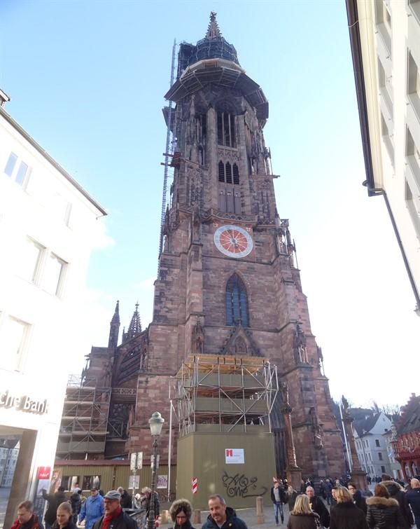 Cattedrale_600x755 .jpg