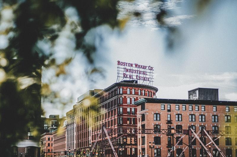 boston-wharf-3397975