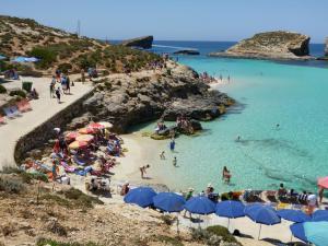Malta 3 comino-blue-lagoon