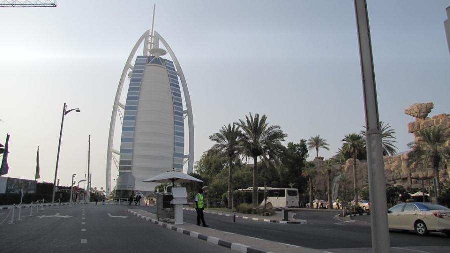 09 - Burj Al Arab 01.JPG