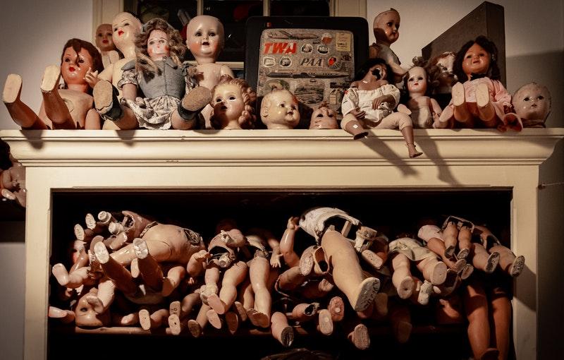 assorted-dolls-2573440