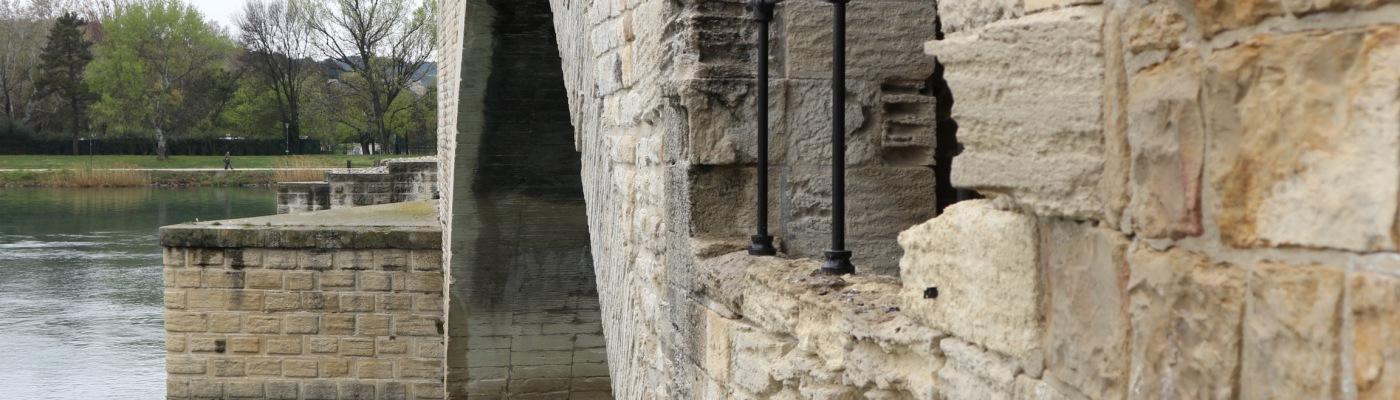 Ponte Avignone Francia
