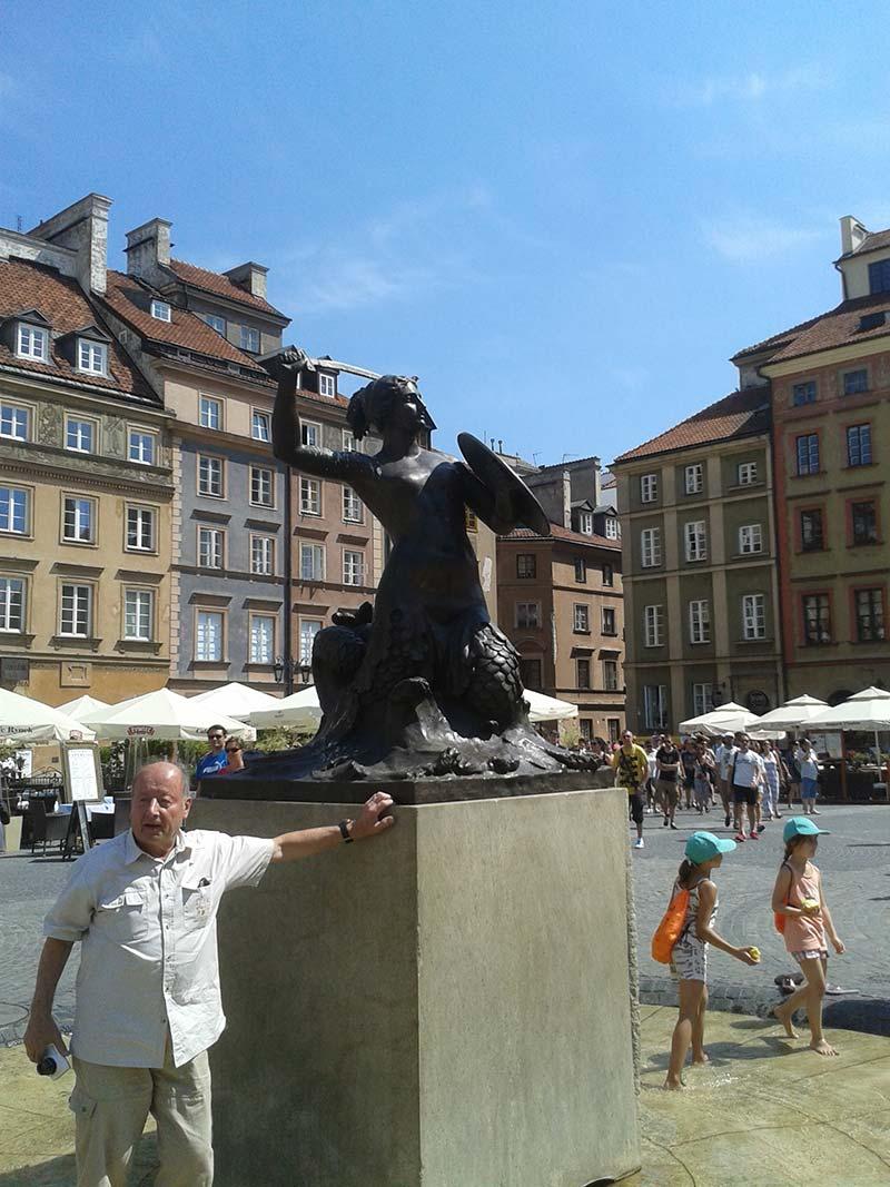 04 Statua-della-Sirena.jpg