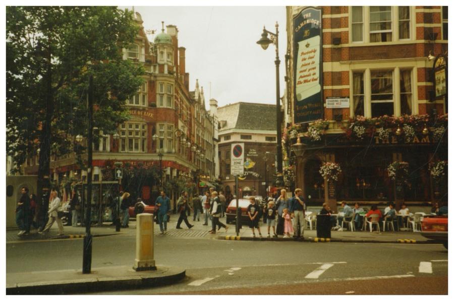 Londra Charing Cross.jpg