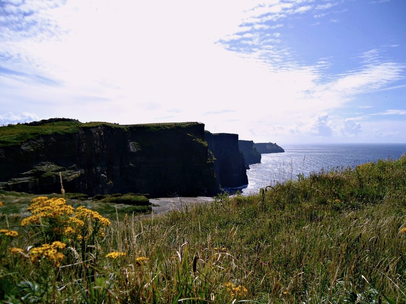 05 Cliffs of Moher.jpg