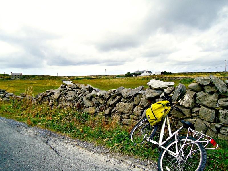 08 Inishmore bike.jpg