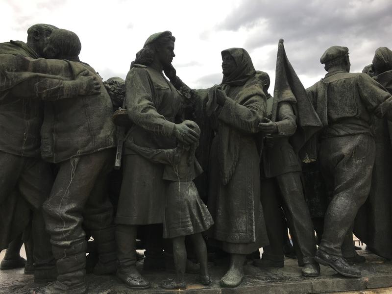 Monumento Armata Rossa Sofia.jpg