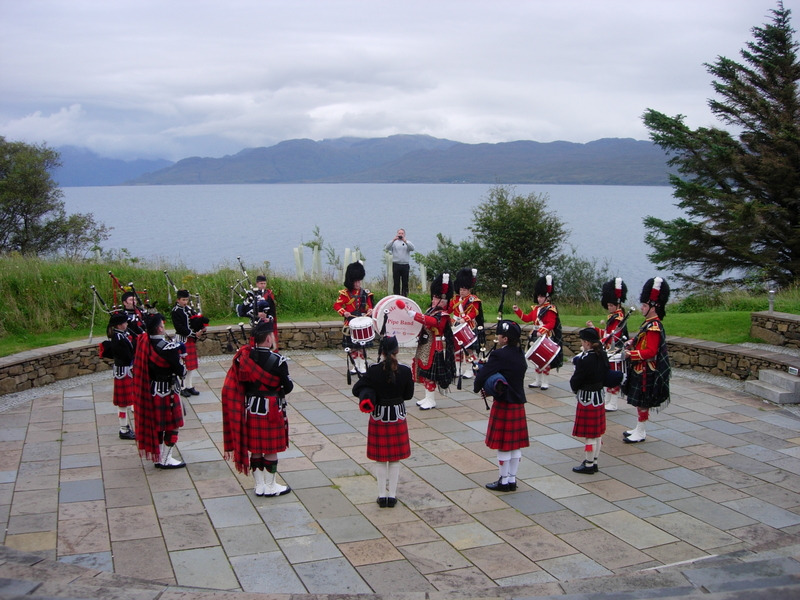 Isle of Skye pipers.jpg