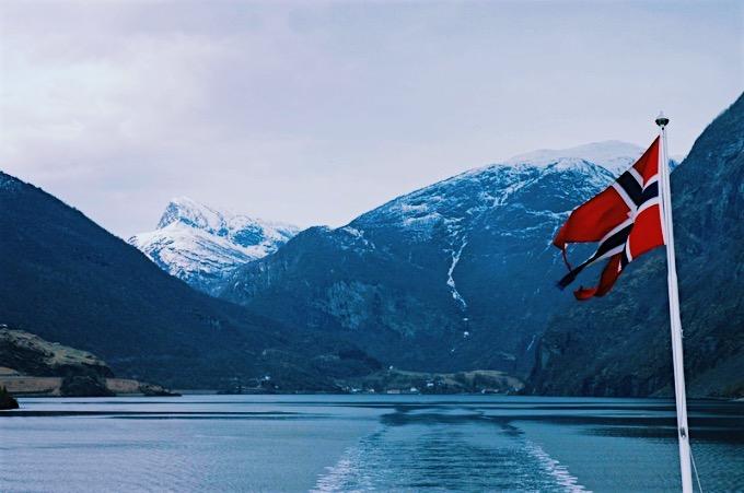 Norwegian flag.jpg