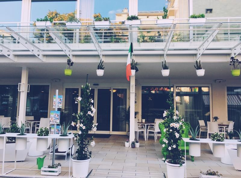 Hotel San Salvador veranda.jpg