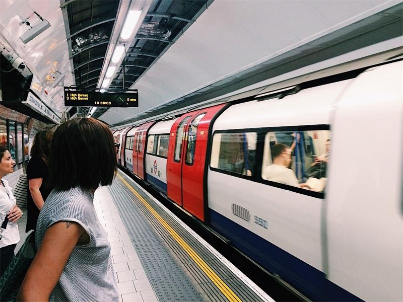 Silvia metro Londra.jpg