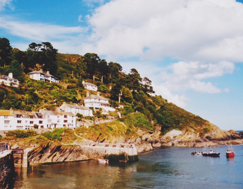 Port Isaac Cornwall.jpg