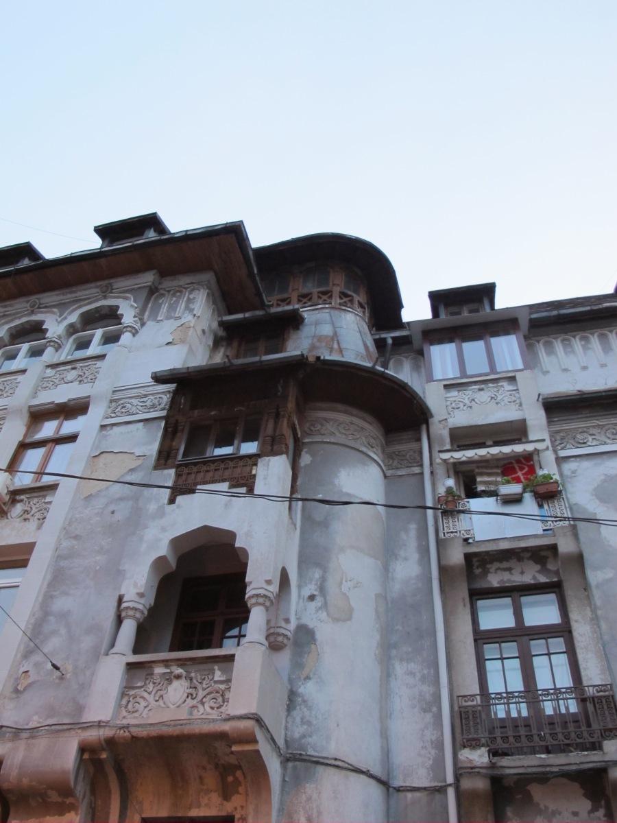 Lucia Scalzo Mondovagandosenzameta Bucarest
